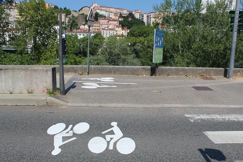 Beispiele der Wege für Fahrräder